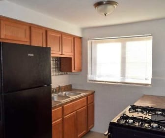Kitchen, Deer Park Apartments