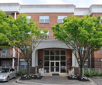Courtyard, Ashley Park Retirement Community - 55+ Restricted