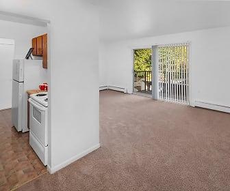 Warren Club Apartments, 48092, MI