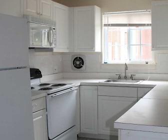 Kitchen, Swartswood Gardens