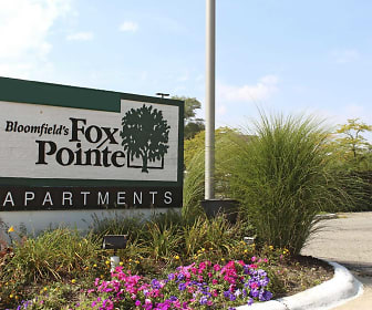 Community Signage, Bloomfields Fox Pointe