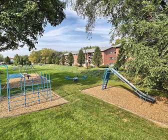 East Park Gardens, Paxtang Elementary School, Harrisburg, PA