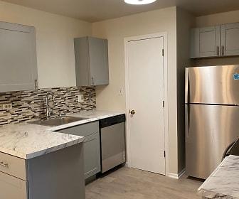 Fawn Ridge Apartments, McHenry, IL