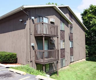 Arbor Heights Apartments, Meadowbrook, Syracuse, NY