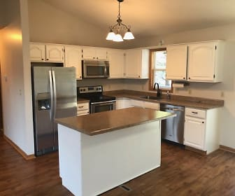 7154 2nd Ave, Lino Lakes, MN
