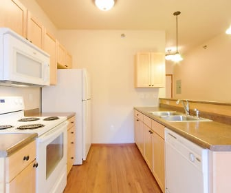 Kitchen, HighPointe Apartments