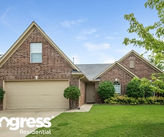 5704 Kuykendall Dr, Sacred Heart School, Southaven, MS