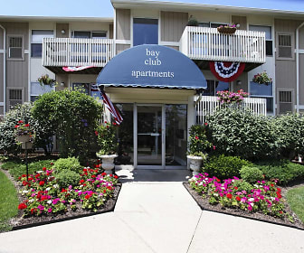 Bay Club Apartments, Painesville, OH