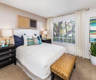 Solazzo Apartment Homes, La Jolla, CA