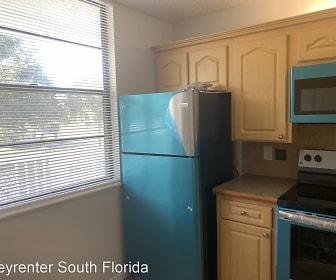 1502 Whitehall Dr #202, Davie, FL