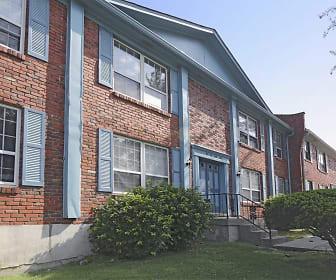 Chamberlain Oaks, Louisville, KY