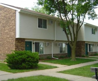 Forest Glen Townhomes, Muscatine, IA