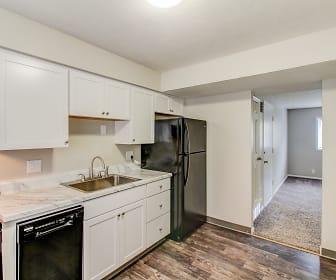 Kitchen, Flats on 75th