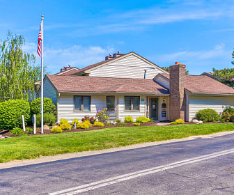Hidden Creek Townhomes and Apartments, East Irondequoit, Irondequoit, NY