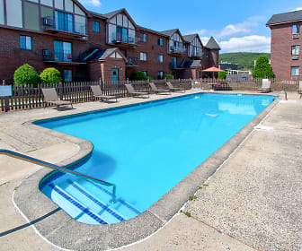 Rivers Edge Apartments, Wolcott, CT