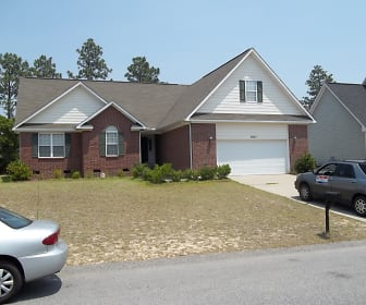 2937 Piney Mountain Dr., Fayetteville, NC