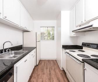 Kitchen, Creekside Park Apartment Homes