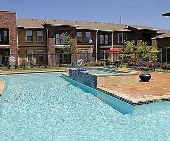 Pool, Anatole at City View