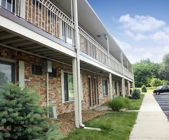 Davis Creek Apartments, Portage, MI