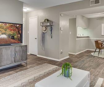 Living Room, Towne Oaks South