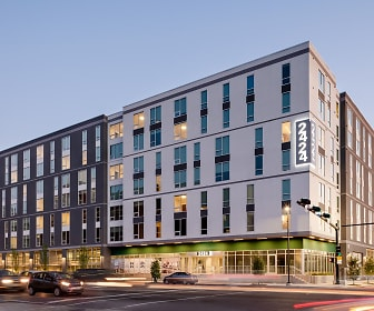 Building, 2424 Tulane