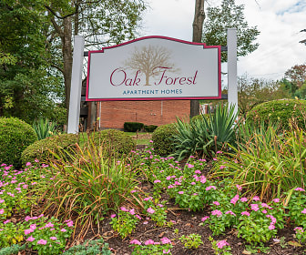 Community Signage, Oak Forest Apartments