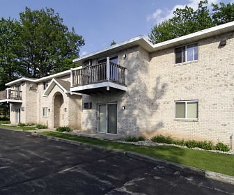 Wintergreen Apartments, Hobart, WI