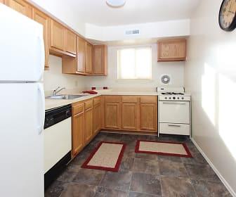 Kitchen, Glen Mar Apartment Homes