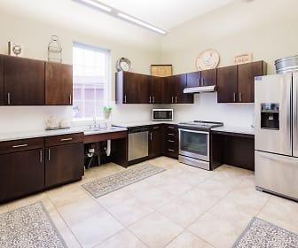 Kitchen, Torrente at Upper St. Clair