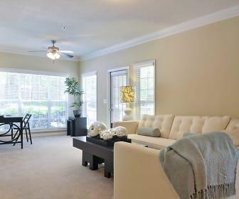 Living Room, Highland Square