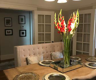 Dinning Room.jpg, 124 Chenery Street