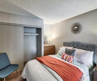 Bedroom, Heritage Pointe