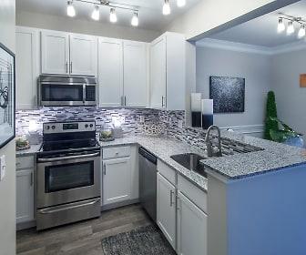Kitchen, Gables Sugarloaf