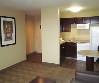 Kitchen, Furnished Studio - Dallas - Las Colinas - Green Park Dr.