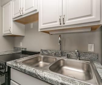 Kitchen, Woodgate Apartments