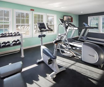Fitness Weight Room, Rivers Edge Apartments