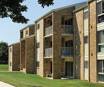 Building, Top Field Apartments