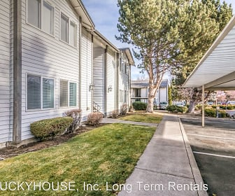 Sienna Pointe Apartment  1855 NE Lotus Drive, Rimrock Expeditionary Alternative Learning Middle School, Bend, OR