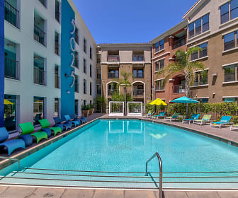 Fifty Twenty-Five - Per Bed Lease, San Diego, CA