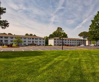 Landscaping, Dove Landing Apartments