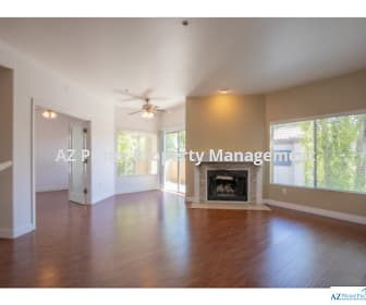 Photo 3, 600 W Grove Parkway 2066