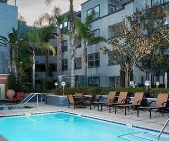 Pool, Avalon Encino