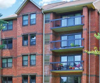 Tamarron Apartments, Sherwood High School, Ashton-Sandy Springs, MD