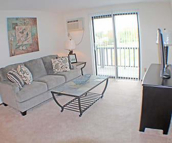 Condor Garden Apartments, Elyria, OH