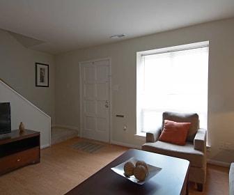 Living Room, Cloverleaf Lake