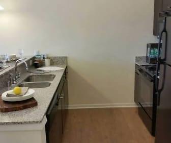 Kitchen, 310 At NuLu