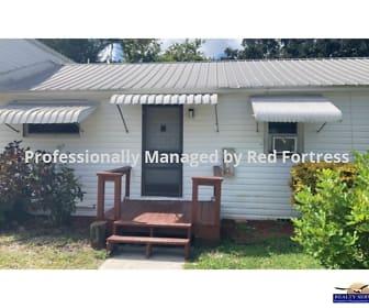 509 Center Rd #15, Cape Coral, FL
