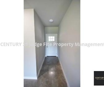 Entryway, 1211 Davis Street