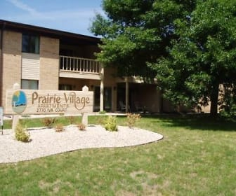 Landscaping, Prairie Village Apartments