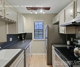 Kitchen, 4209 Marathon Avenue - 202